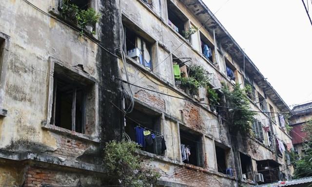 Từ năm 2007 đến nay, Hà Nội mới chỉ mới hoàn thiện được 19 dự án chung cư cũ được cải tạo, xây mới.