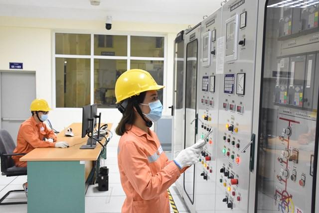 Bộ Công Thương hướng dẫn hỗ trợ giảm tiền điện cho khách hàng - Ảnh 1