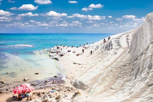 Những bãi biển tuyệt đẹp của Sicily