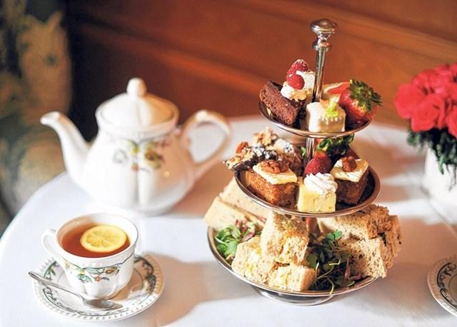 Bữa trà chiều mang phong cách Hoàng gia tại khách sạn Grosvenor