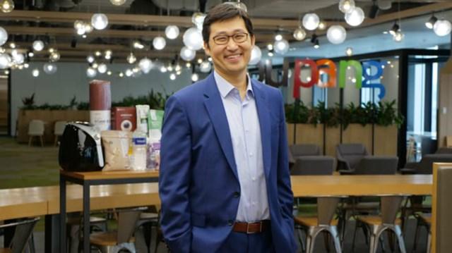 """""""Khi còn học cấp 3, tôi tin rằng tôi có thể tạo ra thứ gì đó tác động đến nền kinh tế và xã hội"""", Bom Kim - nhà sáng lập, CEO của Coupang. Ảnh: CNBC"""