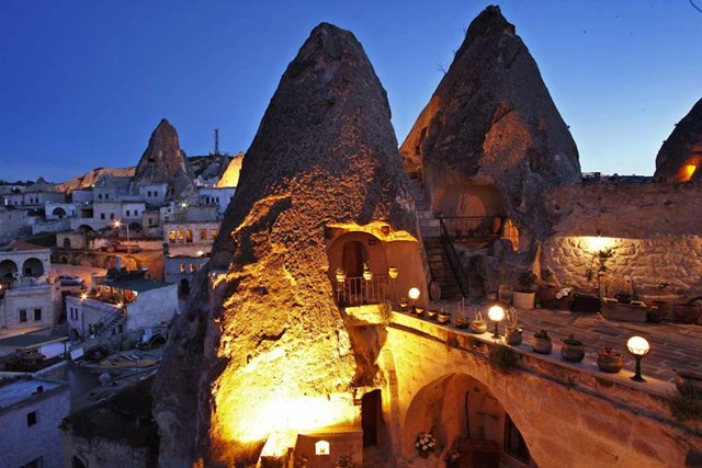 Những khách sạn trong hang vô cùng độc đáo khiến du khách thích mê - Ảnh 5