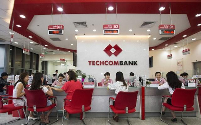 Techcombank chuẩn bị phát hành 4,76 triệu cổ phiếu ESOP, không hạn chế chuyển nhượng - Ảnh 1