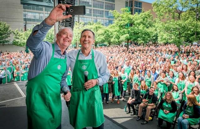Hình ảnh truyền cảm hứng của Starbucks Howard Schultz.