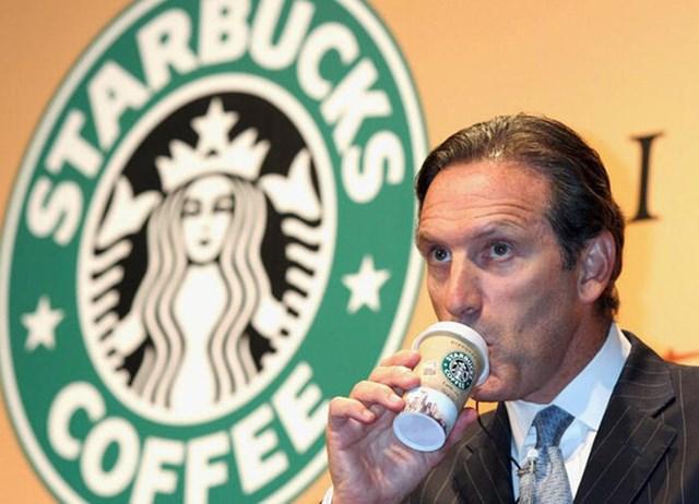 Cựu CEO Starbucks Howard Schultz.