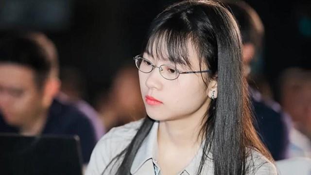 """Yao Tin - được mệnh danh là """"mỹ nữ thiên tài"""" - về Huawei hồi tháng 8 với mức lương 225.000 USD/năm. Ảnh:JQKnews."""