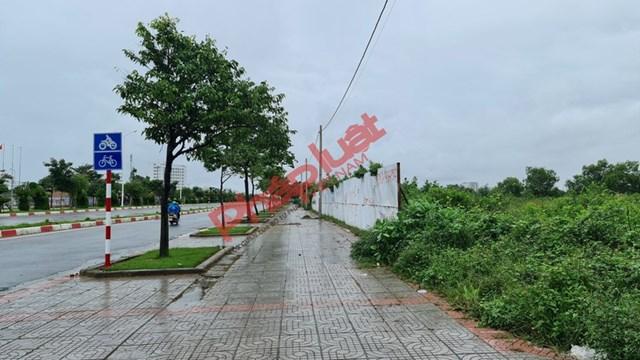 Khu đất thực hiện dự án đang đắp chiếu, doanh nghiệp và người dân đều bị thiệt hại vì dự án không được triển khai