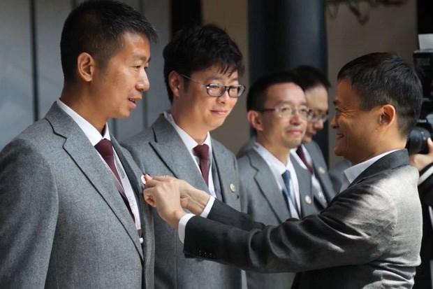 Trường Đại học Jack Ma sáng lập một năm tuyển chưa tới 50 sinh viên, tỷ lệ đỗ còn khó hơn Harvard, đọc xong yêu cầu ai cũng khóc thét - Ảnh 1