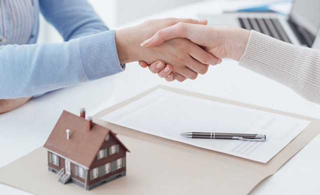 Biện pháp nào để giảm thiểu rủi ro khi mua nhà đất? - Ảnh 1
