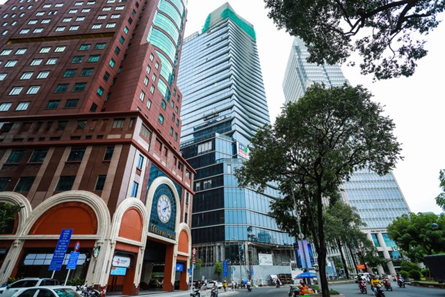 Trước đó, ngày 8/6/2020, Văn phòng UBND TP HCM cũng đã có văn bản giao Sở Tài nguyên và Môi trường chủ trì, phối hợp cùng Sở Kế hoạch và Đầu tư, rà soát pháp lý đất và pháp lý dự án của Công ty Sài Gòn Cửu Long.