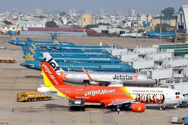 Bộ Tài chính đề xuất giảm tiếp 30% thuế bảo vệ môi trường với nhiên liệu bay đến hết năm 2021 - Ảnh 1