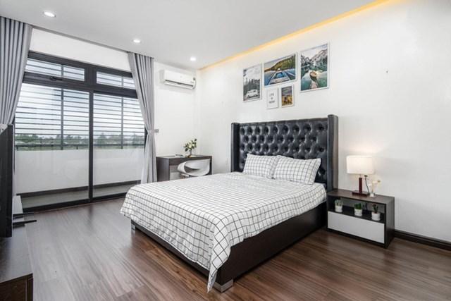 Chuyển về Đà Nẵng sống, chồng mua mảnh đất 180m2 và xây tặng vợ ngôi nhà đẹp như resort - Ảnh 8