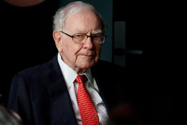 Tỷ phú Warren Buffett luôn nghiêm khắc tuân thủ những nguyên tắc của bản thân. Ảnh: Getty Images