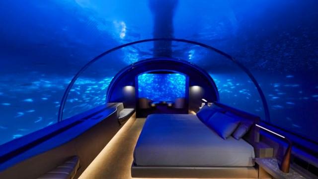 Phòng ngủ dưới nước tại biệt thự Muraka. Ảnh:Conrad Maldives Rangali Island