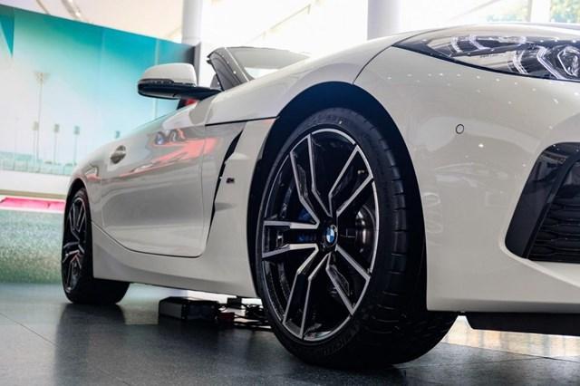 BMW Z4 - huyền thoại mui trần ra mắt tại Việt Nam - Ảnh 4
