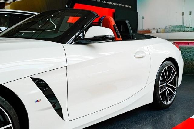 BMW Z4 - huyền thoại mui trần ra mắt tại Việt Nam - Ảnh 8