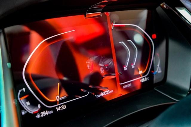 BMW Z4 - huyền thoại mui trần ra mắt tại Việt Nam - Ảnh 12
