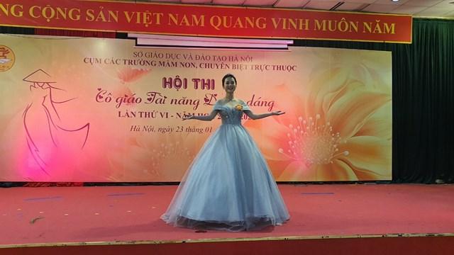 Cô giáo Nguyễn Việt Chinh trường MG Mầm non B Hà Nội đạt giải Chuyên đề ấn tượng nhất và đạt giải Xuất sắc trung cuộc