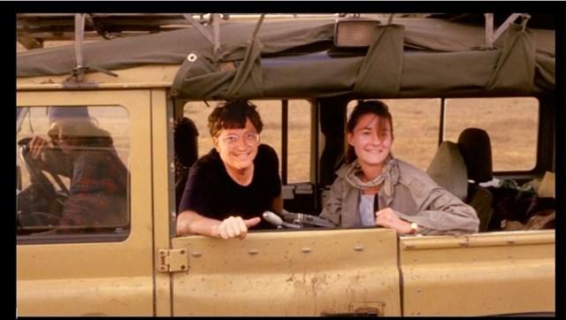 Bill và Melinda đến châu Phi vào mùa thu năm 1993. Sau khi chứng kiến cảnh người dân phải sống trong nghèo đói cùng cực, 2 người bắt đầu nghĩ về việc dùng tài sản để giúp đỡ người khác. Đây cũng là ý tưởng giúp quỹBill và Melinda Gates ra đời.