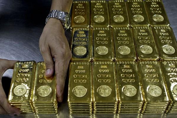 Vàng thế giới hiện niêm yết trên sàn Hong Kong tại 1.803 USD/ounce.
