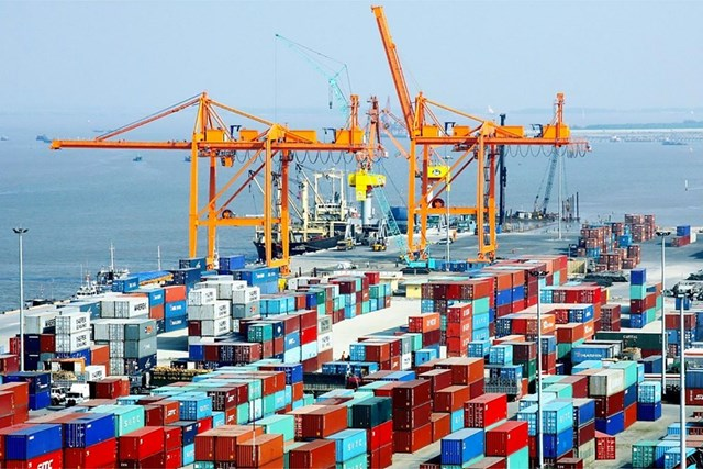 Ngành vận tải hàng hóa hiện đang có sự tăng trưởng nhanh.