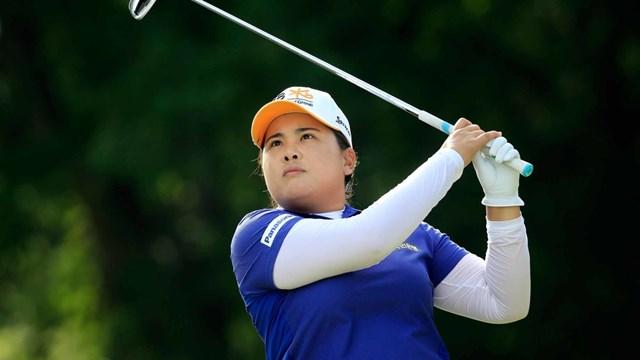 """Sinh năm 1988 tại Seoul, Hàn Quốc,Park In-Bee """"phải lòng"""" bộ môn golf từ khi còn nhỏ. Khi 10 tuổi, cô đã bắt đầu theo đuổi môn golf. Năm 12 tuổi Inbee chuyển đến Mỹ để theo đuổi đam mê."""