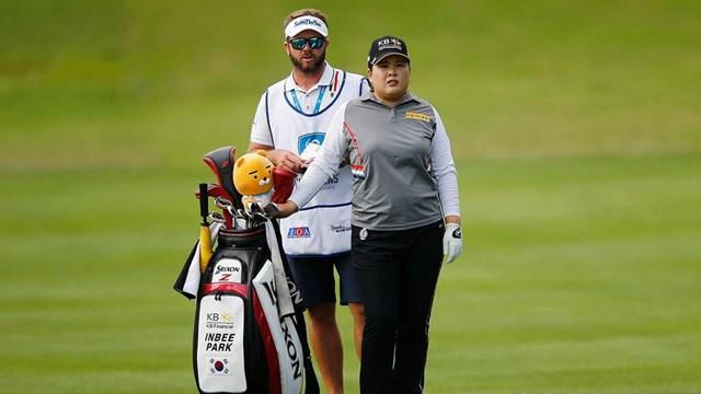 Không bỏ cuộc,In-Bee đã xin nghỉ học tại đại họcNevada, Las Vegas để đăng ký tham gia Duramed Futures Tour, giải đấu có độ tuổi đăng ký là 17, diễn ra vào tháng 1/2006.Quyết định này dường như là bước ngoặt lớn giúp Park In-Bee ngày một thành công trên con đường golf chuyên nghiệp.