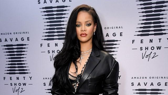 Robyn Rihanna Fenty là nữ ca sĩ, nhạc sĩ giàu nhất trên thế giới.