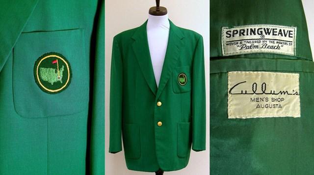 Chất liệu vải may Green Jacket đã được thay đổi để phù hợp hơn với điều kiện thời tiết