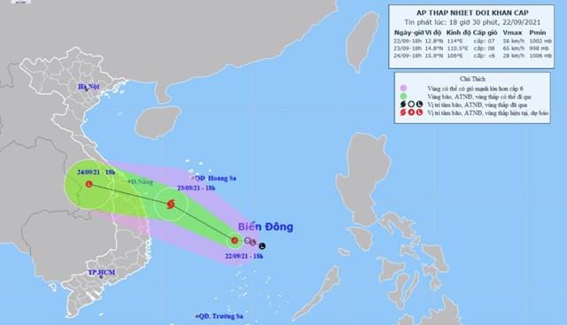 Dự báo đường đi của vùng áp thấp trên Biển Đông. Ảnh:Trung tâm dự báo Khí tượng thủy văn quốc gia