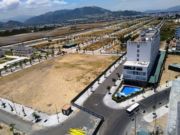 Khu vực đất sân bay Nha Trang đã được tỉnh Khánh Hòa giao cho công ty cổ phần Tập đoàn Phúc Sơn - Ảnh: Phan Sông Ngân