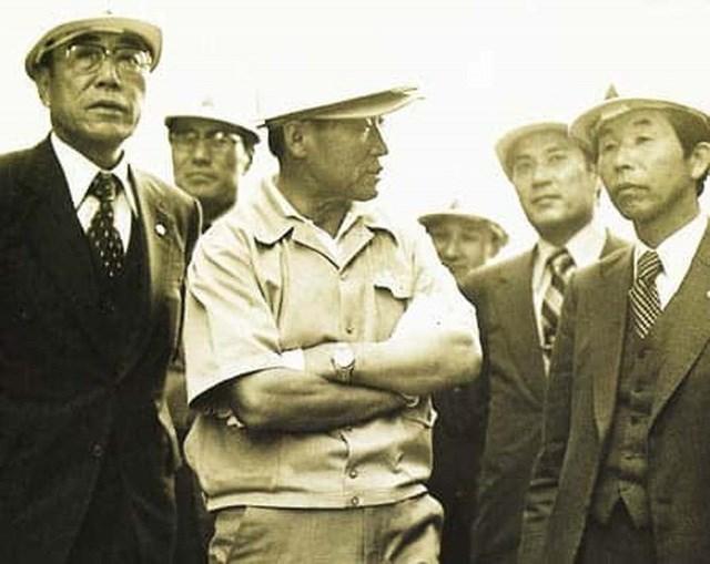 Chuyện đời như phim Hàn Quốc của nhà sáng lập đế chế tỷ USD Hyundai: Nghèo đói, tai nạn, chiến tranh đều không khuất phục được ý chí khởi nghiệp - Ảnh 2