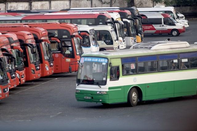 Bộ Giao thông Vận tải sẽ khôi phục lại hoạt động của xe khách liên tỉnh tuyến cố định với tần suất tối thiểu 5% và tối đa 30% số chuyến.