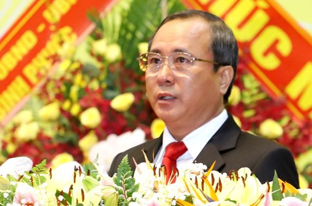 Bí thư Tỉnh ủy Bình Dương Trần Văn Nam tại đại hội sáng 15/10. Ảnh: Nguyệt Triều
