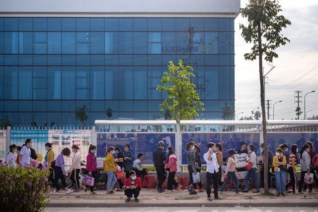 Tập đoàn Luxshare cam kếttuyển 20.000 công nhân cho nhà máy tại Bắc Giang.