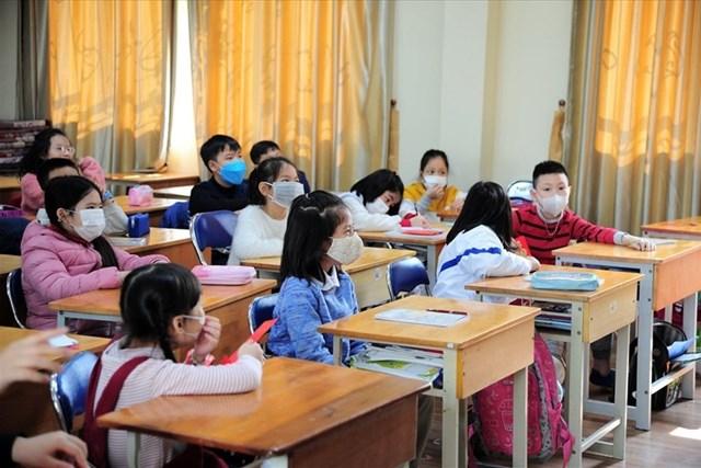 Hơn 2 triệu học sinh Hà Nội đi học trở lại từ ngày 2/3.