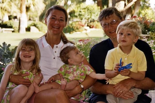 Vợ chồng Bill Gates đã có ba người con:Jennifer, Rody và Phoebe. Ảnh: Twitter