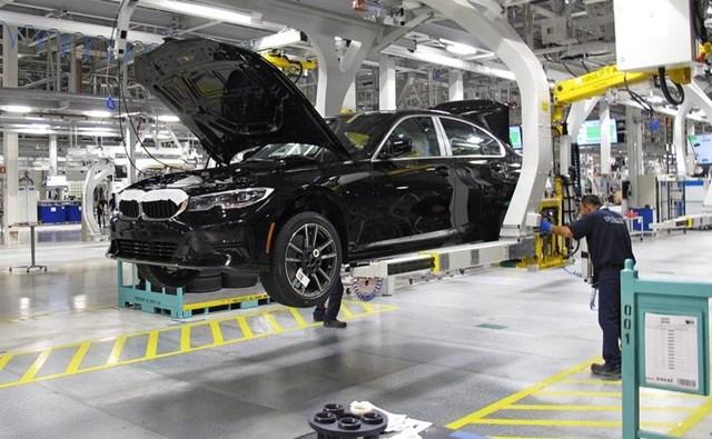 BMW để lộ việc báo cáo khống để tiến hành huy động khoảng 18 tỷ USD. (Ảnh: Reuters)
