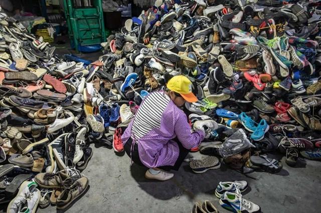 Hầu hết các bãi rác tại Trung Quốc đã bị lấp đầy. (Ảnh: Bloomberg)