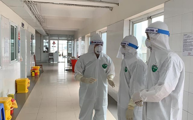Đã có 52 ca dương tính với Covid-19 liên quan đến ổ dịch tại Bệnh viện Việt Đức. Ảnh Bộ y tế