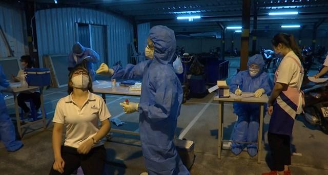 Sau 3 tuần, Hà Nam ghi nhận 620 ca nhiễm SARS-CoV-2, trong đó có tới 150 công nhân. Ảnh Bộ Y tế