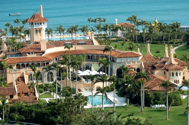 Tổng thống Trump hiện sống tại một khu nghỉ dưỡng của mình ở Florida