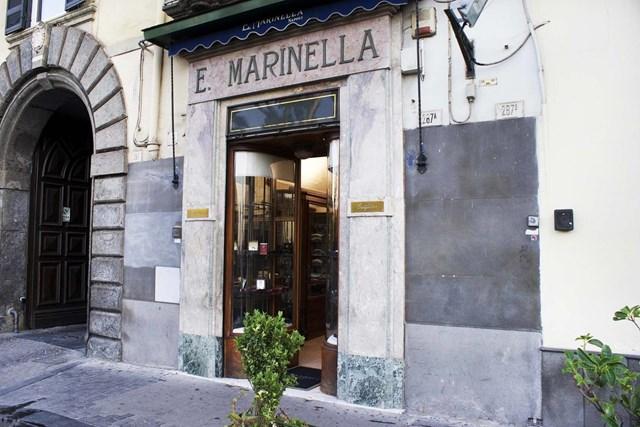 Cửa hàng E.Marinella tại Naples. Ảnh:E.Marinella.