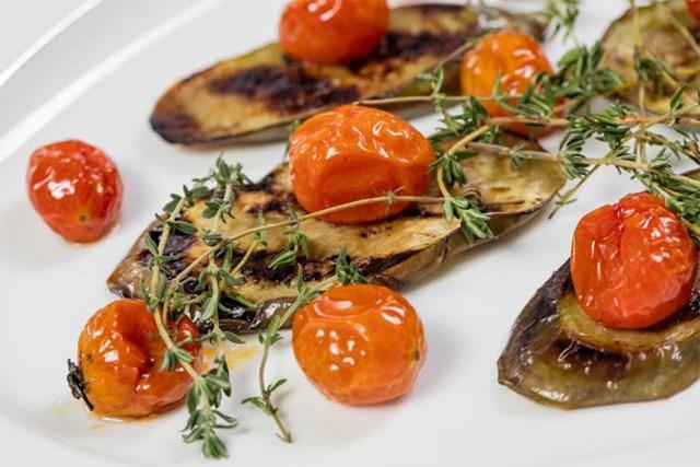 Tại La Maison 1888, thực khách sẽ được thưởng thức những món ăn công phu, đẹp mắt. Ảnh: Internet