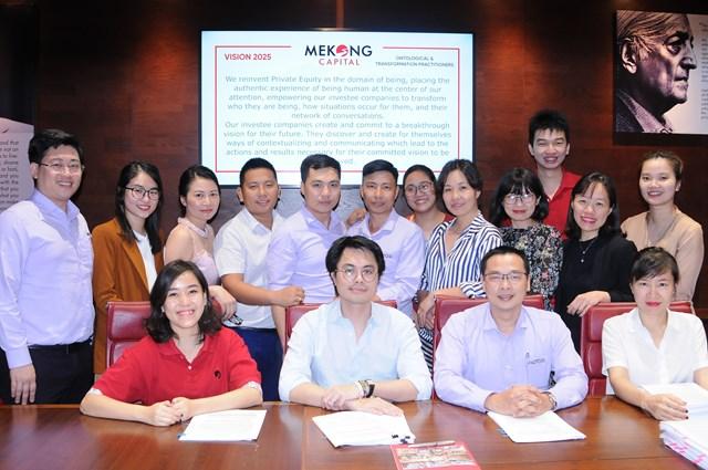 Đại diện Mekong Capital và Mutosi trong buổi ký kết. Ảnh: Mekong Captital