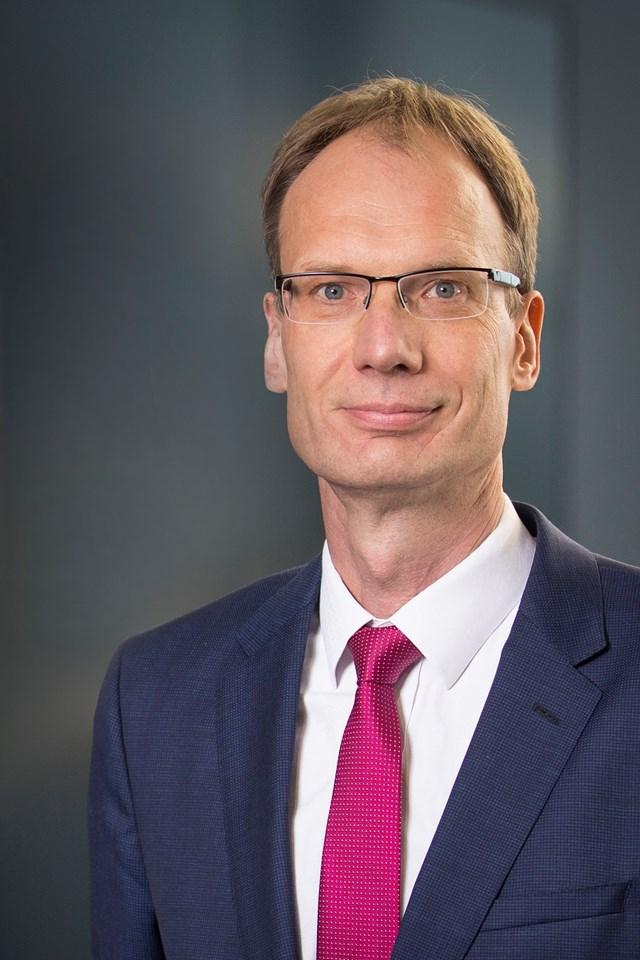 Vingroup bổ nhiệm cựu phó chủ tịch Volkswagen trở thành CEO VinFast toàn cầu - Ảnh 1