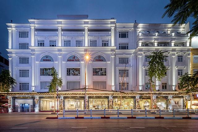 Showroom nội thất Hùng Túy trên phố Cát Linh, Hà Nội