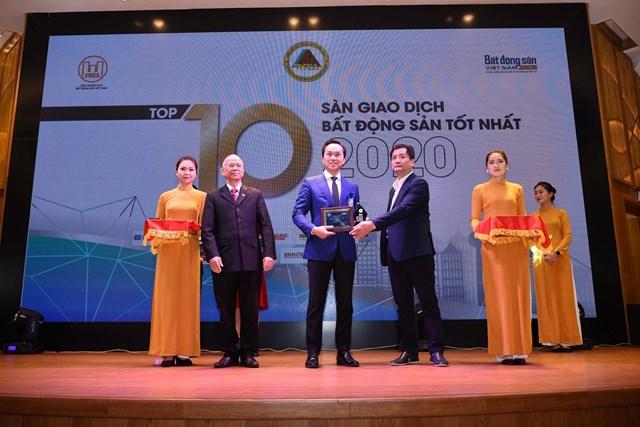 Lộc Sơn Hà 3 năm liên tiếp đạt giải Top 10 Sàn giao dịch bất động sản tốt nhất - Ảnh 1