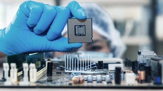 Thiếu hụt chip xử lý, nhiều ngành sản xuất gặp khó - Ảnh 1