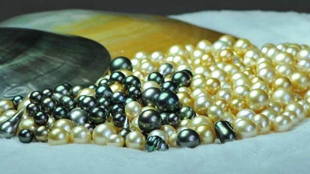 Ngọc trai đen là loại quý hiếm nhất.